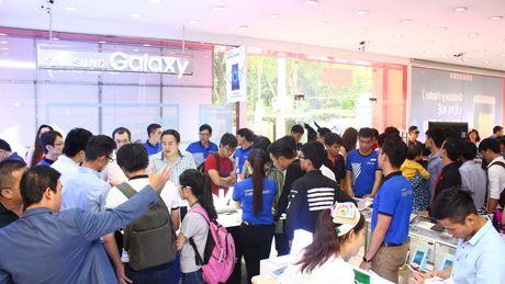 Ngung ban Samsung Galaxy Note 7, khach hang duoc boi thuong - Anh 14