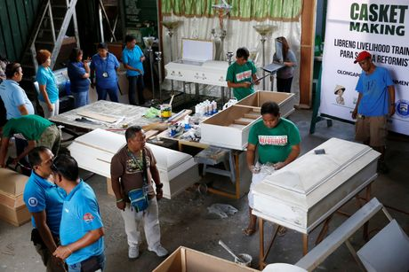 Philippines cho dong quan tai de cai nghien - Anh 1