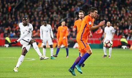 VL World Cup: Sieu pham cua Pogba, Benteke lap ky luc - Anh 1