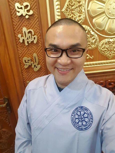 Sau Phuong Thanh, den luot MC Phan Anh gay bat ngo khi cao troc dau - Anh 6