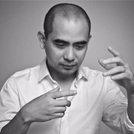 Sau Phuong Thanh, den luot MC Phan Anh gay bat ngo khi cao troc dau - Anh 8