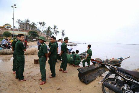 Tau cho 44 nguoi chim o Quang Tri, mot nguoi chet - Anh 3
