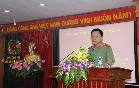 Dang uy Tong cuc Chinh tri CAND khai giang Lop boi duong cong tac Dang - Anh 1