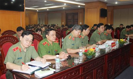 Dang uy Tong cuc Chinh tri CAND khai giang Lop boi duong cong tac Dang - Anh 2