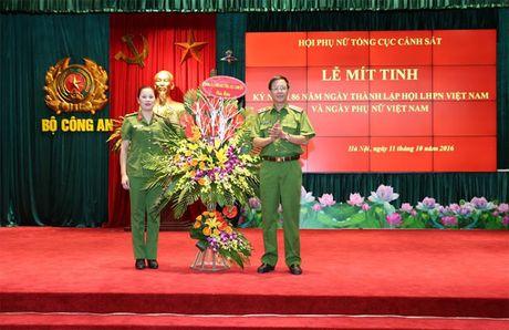 Hoi Phu nu Tong cuc Canh sat mit tinh ky niem Ngay thanh lap Hoi Lien hiep Phu nu Viet Nam - Anh 3