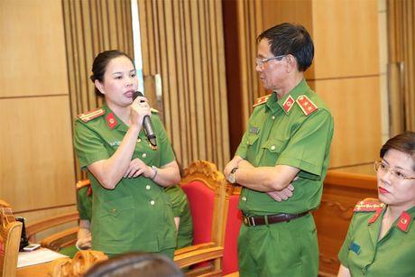 Hoi Phu nu Tong cuc Canh sat mit tinh ky niem Ngay thanh lap Hoi Lien hiep Phu nu Viet Nam - Anh 7