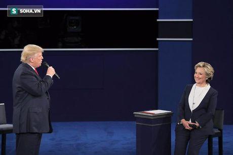 Hanh dong 'bi hiem' cua Trump, Clinton khi tranh luan cho thay dieu gi? - Anh 5