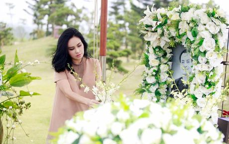 Ca si Thanh Lam hat ben mo nhac si Thanh Tung - Anh 1