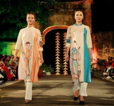 Khuyen khich du khach mac ao dai den Festival Ao dai Ha Noi - Anh 1