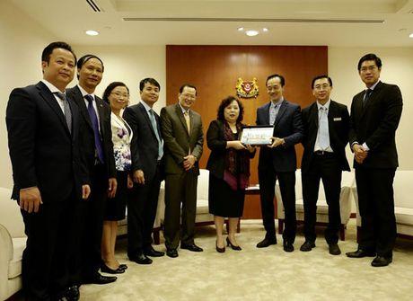 Chu tich HDND TP Nguyen Thi Bich Ngoc tham, lam viec tai Nam Phi va Singapore - Anh 6