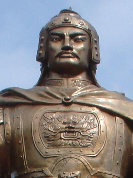 Vi sao vua Gia Long quat mo Quang Trung, tham sat nha Tay Son? - Anh 4