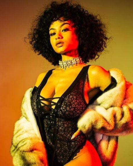 Drake - Rihanna: Lai them mot cap doi Hollywood chia tay vi ke thu ba! - Anh 4