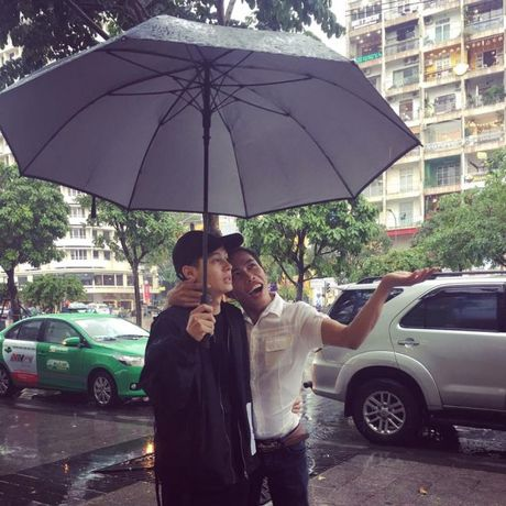 Cap doi Tung Son va ban trai 'hot boy' bi mia mai cau view: Nguoi trong cuoc noi gi? - Anh 4