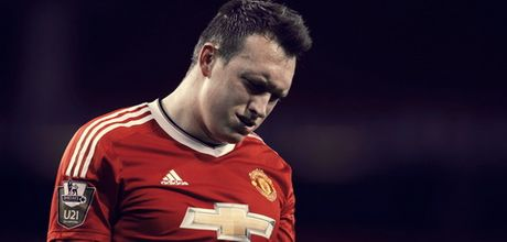 "Tu Hargreaves den Phil Jones: So 4 ""quy am"" tai Old Trafford - Anh 1"