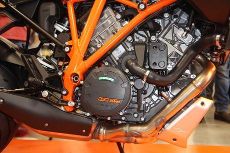 KTM 1290 Super Duke GT - sieu xe phuot gia 690 trieu dong - Anh 4