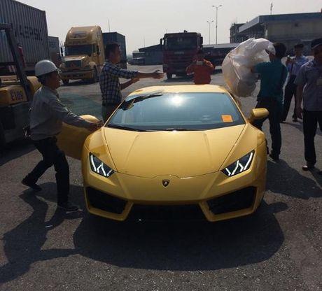 Lamborghini Huracan cau sau thu hai ve Viet Nam - Anh 5