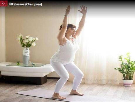 7 dong tac yoga giup ba bau luon khoe manh - Anh 3