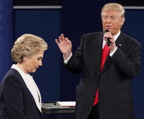 Trump 'boi ban' Hillary nhu the nao? - Anh 3
