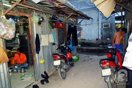 Canh song kho so khong the tin noi: 30 nguoi chung 1 nha ve sinh o xom tro cong nhan - Anh 3