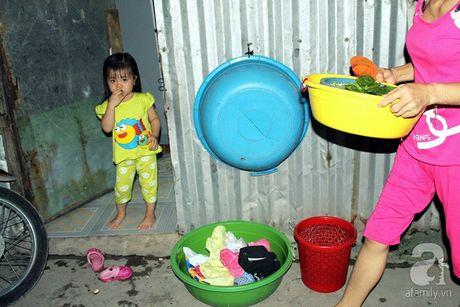 Canh song kho so khong the tin noi: 30 nguoi chung 1 nha ve sinh o xom tro cong nhan - Anh 8