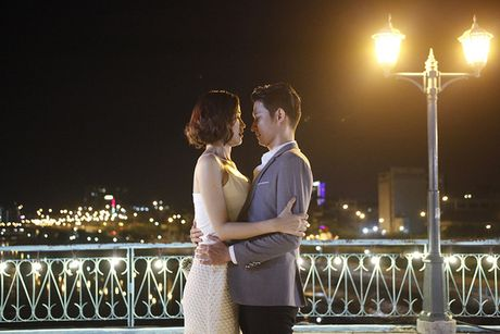 Isaac ngo ngang nhan giai ben canh Lee Byung Hun; Phim ve Sai Gon duoc khen het loi - Anh 3