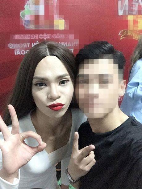 Chang trai An Giang 'gay sot' vi qua giong Ho Ngoc Ha - Anh 7