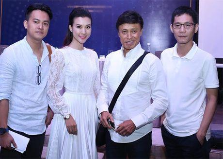 Uyen Linh nan ni de duoc hat song ca voi Tuan Ngoc - Anh 9