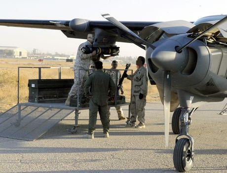 Bo tay loai may bay cuong kich My ban cho Iraq - Anh 6