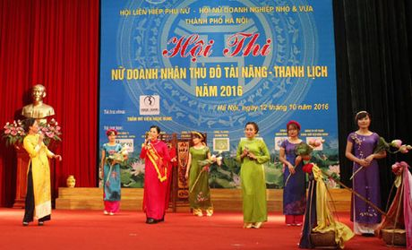 An tuong Nu Doanh nhan tai nang, thanh lich - Anh 1