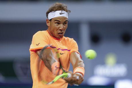 Nadal bat ngo bi loai trong tran ra quan tai giai Thuong Hai Masters - Anh 1