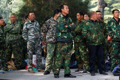 Cuu binh Trung Quoc bieu tinh ngay o Bac Kinh - Anh 2