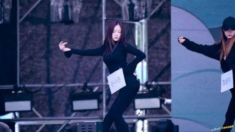 Fancam khoe dang dep khien Na Eun (Apink) hot bat ngo - Anh 1
