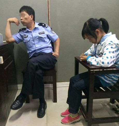 Vu be 12 tuoi mang bau voi 'chong' Trung Quoc: Cuc hinh su vao cuoc xac minh dia chi be gai cung cap - Anh 2