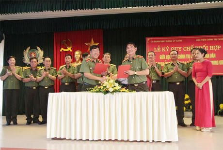 Tang cuong kha nang kiem tra, giam sat, ky luat cua Dang trong CAND - Anh 1