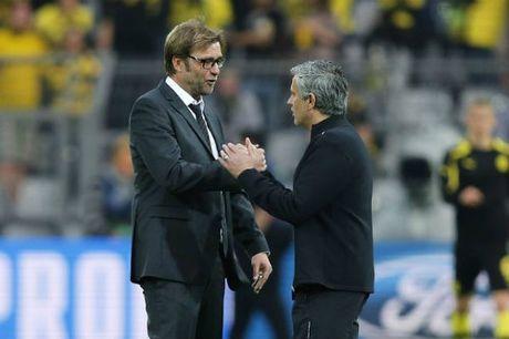 "MU dau Liverpool: ""Thien la dia vong"" cho Mourinho - Anh 1"