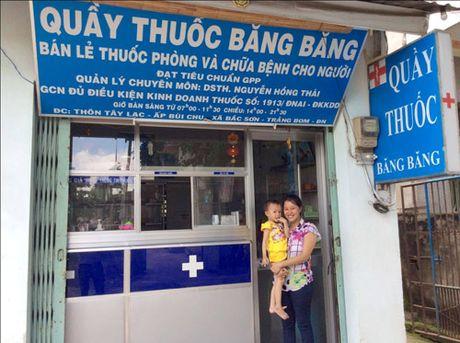 Me Duoc si bay cach tri ho, so mui khong khang sinh - Anh 1