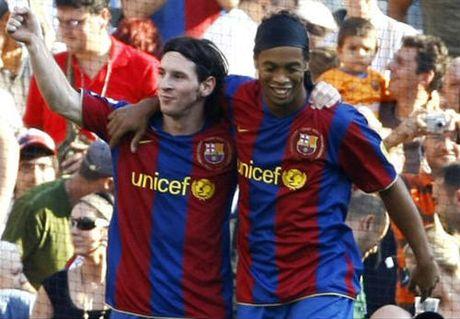 Ronaldinho: Messi xung dang QBV nhung van duoi Pele, Maradona - Anh 1
