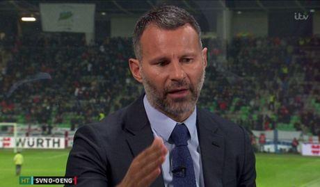Huyen thoai 'mat gia', Ryan Giggs hien ke cho Mourinho - Anh 2