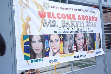 Nam Em khoe voc dang san chac voi bikini tai Miss Earth - Anh 20