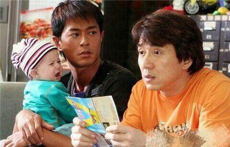 'Dua tre trieu do' trong phim dao chich cua Thanh Long sau 10 nam - Anh 8
