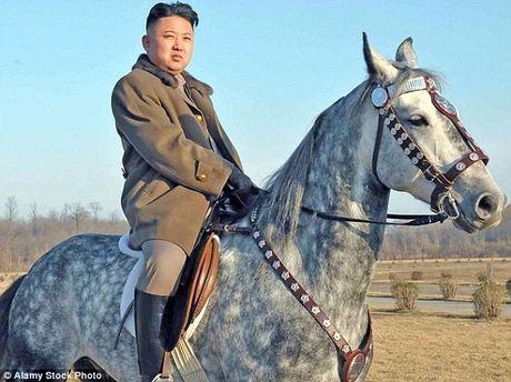 Ong Kim Jong-un vang mat bat thuong lien tiep tai 2 su kien quan trong - Anh 1