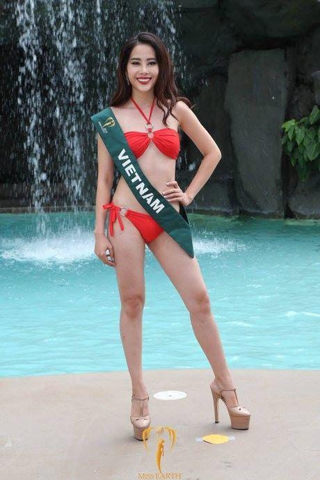 Miss Earth 2016: Thi sinh tao dang ben bang ron nhan nhum, Nam Em 'muon' vay Pham Huong - Anh 4