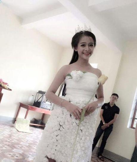 Huong ung 'Chung tay bao ve moi truong' voi vay hoa giay - Anh 1