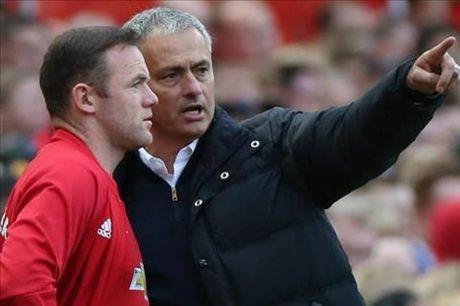 Huyen thoai M.U tin Rooney sa sut la loi lon cua Mourinho - Anh 1