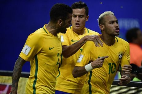 Brazil toan thang thoi Tite: Dieu Samba tim lai cam hung - Anh 1