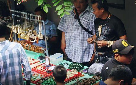 Noi doc nhat o Sai Gon ban nhung thu ma cho va sieu thi khong co - Anh 5