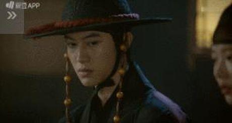 Moonlight: 'Cho-ha' Park Bo Gum bi can than bat ngo ke dao vao co - Anh 17