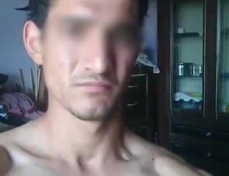 Chang trai that tinh live stream canh tu tu tren Facebook sau khi bi ban gai 'da' - Anh 1