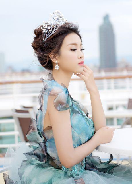 Hoa hau Do My Linh dien dam cong chua du su kien o Dai Loan - Anh 6