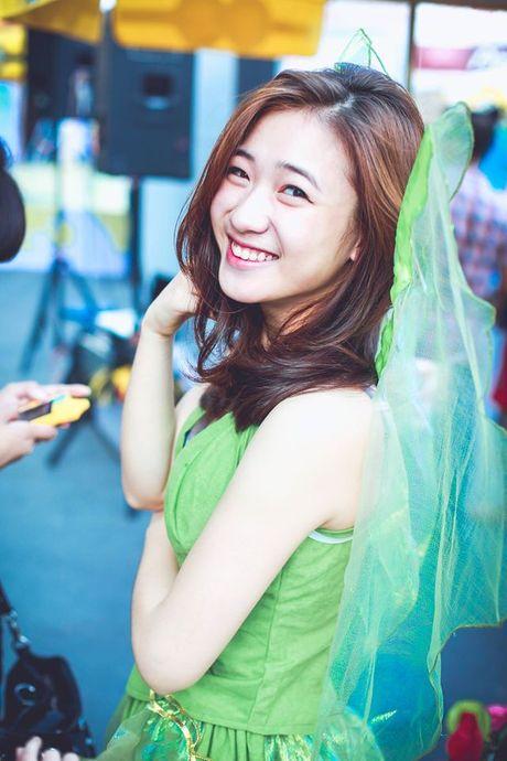 Top 5 nguoi dep Viet so huu nu cuoi 'sang choang khung hinh' - Anh 7